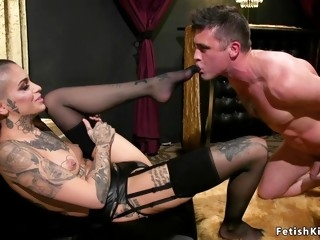 Alt pole dancer beauty fucks male client